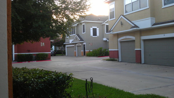 Lewisville Tx Apartments With Attached Garages