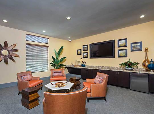 Park Glenn Camarillo Apartment