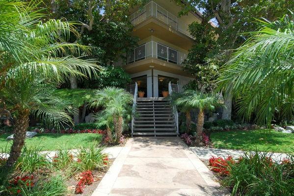 Ocean Breeze Rental Villas Huntington Beach Ca